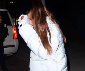 Ariana Grande - Leaving a building in New York - 12/05/2018 – Celeb Central