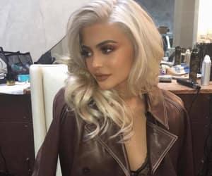 blonde, fashion, and kim kardashian image