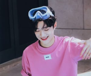 smile, cute, and wanna one image