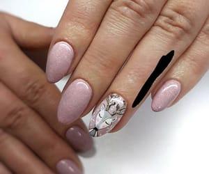 almond, christmas, and nails image
