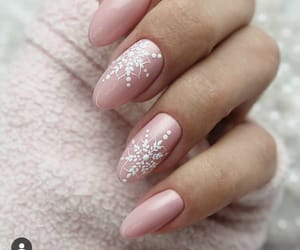 almond, christmas, and nails image
