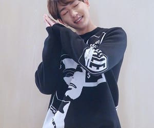 Onew, SHINee, and jinki image
