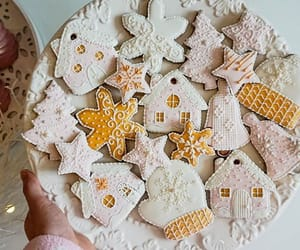christmascookies, instacookie, and royalicing image