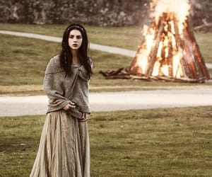 reign, adelaide kane, and queen mary stuart image