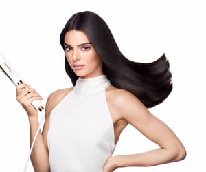 Kendall for Formawell Beauty.