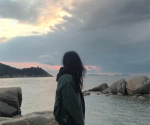 ulzzang, sky, and aesthetic image