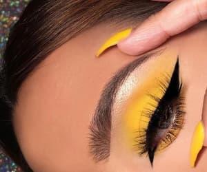 amarillo, maquillaje, and lindo image