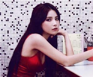 solar, mamamoo, and kim yongsun image