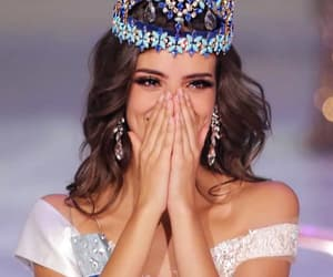 beauty, crowns, and mexican girl image