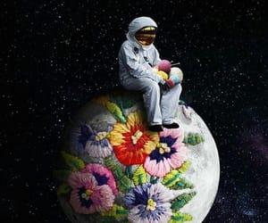 wallpaper and moon image
