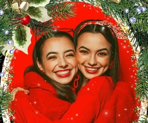 #merrelltwins hashtag on Instagram • Photos and Videos