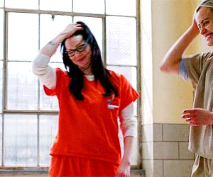 gif, taylor schilling, and oitnb image