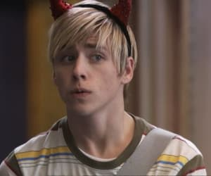 maxxie oliver, skins, and mitch hewer image