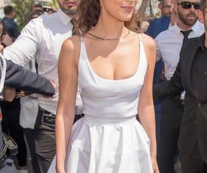 bella, fame, and fashion image