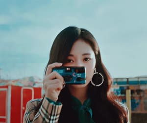 aesthetic, asian, and asian girl image