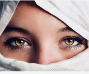 eyes and yellow image