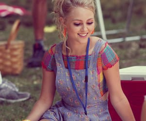 Annasophia Robb, the carrie diaries, and Carrie Bradshaw image