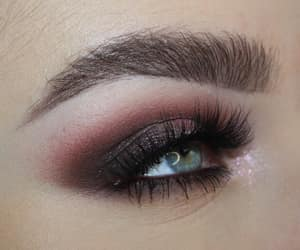 colors, details, and eyebrows image