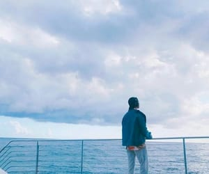 ocean, ѕĸy, and вaвy вlυe image