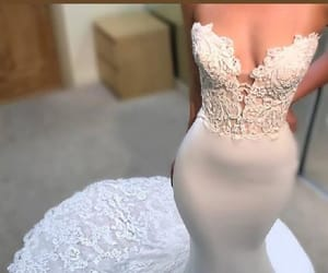 wedding dresses, lace wedding dresses, and mermaid wedding dresses image