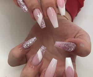 inspo, pink, and manicure image