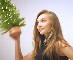 gif, dance moms, and maddie ziegler image