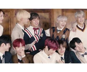 wanna one and wannables image