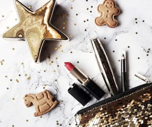 beauty, Christmas time, and decoration image