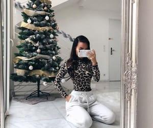 christmas, christmas tree, and iphone image