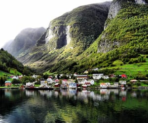 norway and undredal image