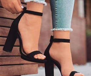 black, style, and tumblr shoes image