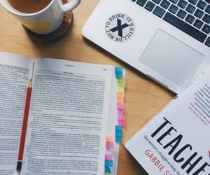 book, pens, and Estudio image