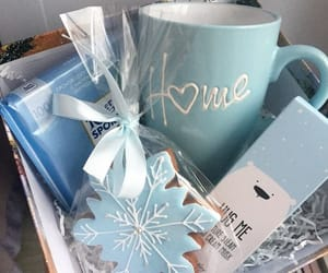 blue and gift box image