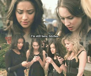 Emily, Spencer, Hanna and Aria, 1x01