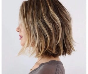 hair, short, and hairstyle image
