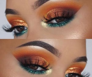 makeup and eye shadow look image