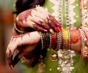 art, nails, and bangles image