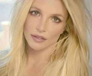 bella, britney spears, and prerogative image