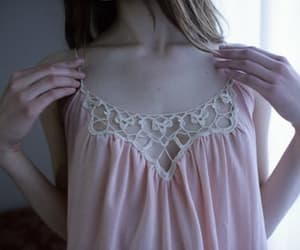 ana, anorexia, and collarbones image