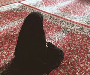 islam, hijab, and prayer image