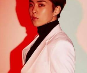 Chen, love shot, and xiumin image