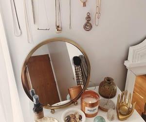 hogar, home, and mirror image