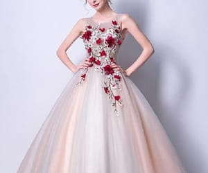 sleeveless prom dress, party dresses red, and prom dress cheap image