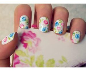 nails and flowers image