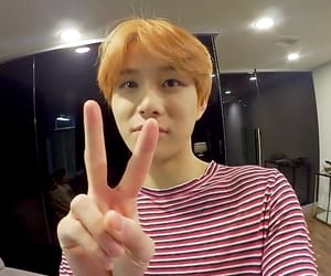 kpop, jungwoo, and nct image
