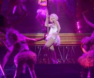 burlesque, christina aguilera, and movie image