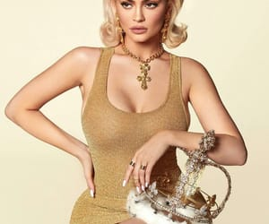 beauty, crown, and kylie jenner image