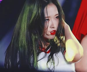 icon with psd, loona icons, and olivia hye image