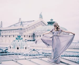 beauty, lilac, and taylor image