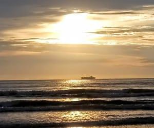 beach, praia, and amanhecer image